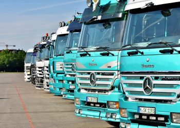 Buying Sturdy and Top-Notch Truck Parts – How to Choose the Right Supplier and Service