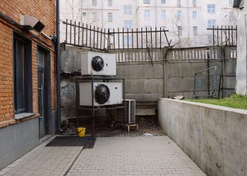 Why It's More Cost-Effective to Hire Duly-Certified Air-Conditioning Experts – A Must-Read